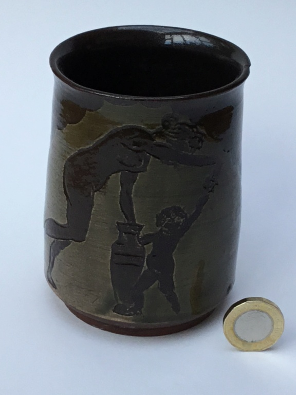Studio pottery mug, classical decoration 5a482810