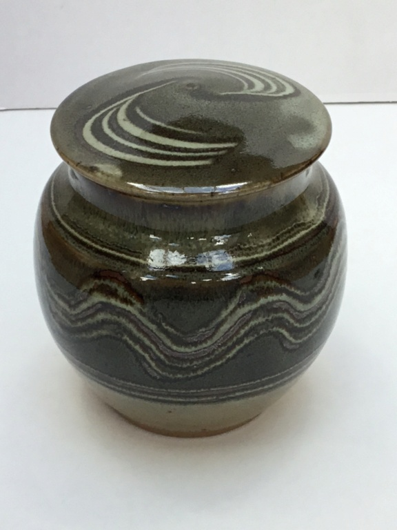 Studio Stoneware lidded jar, painted D 5d964310