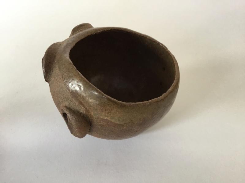 Studio face pots, J 72 mark stoneware  5e60f010