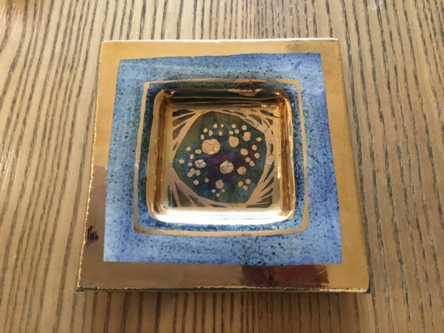 Vallauris square gilded dish, signed 66919e10