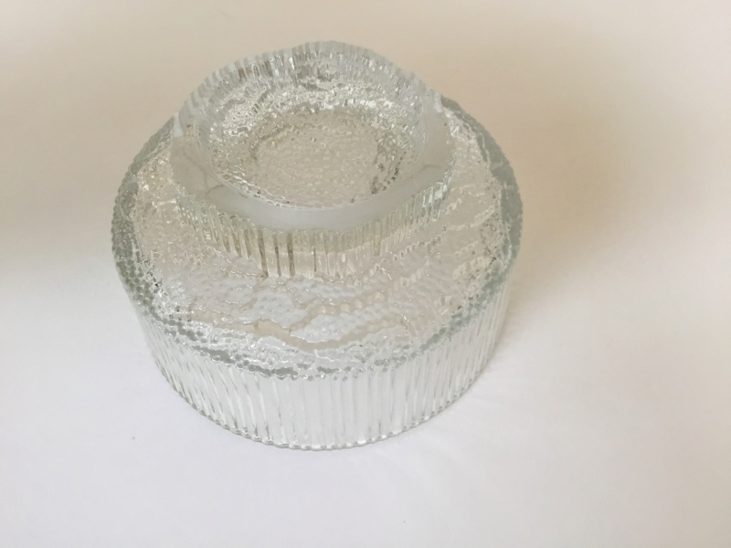 Moulded clear glass ribbed ice style desert bowls, Ravenhead. 71d3d510