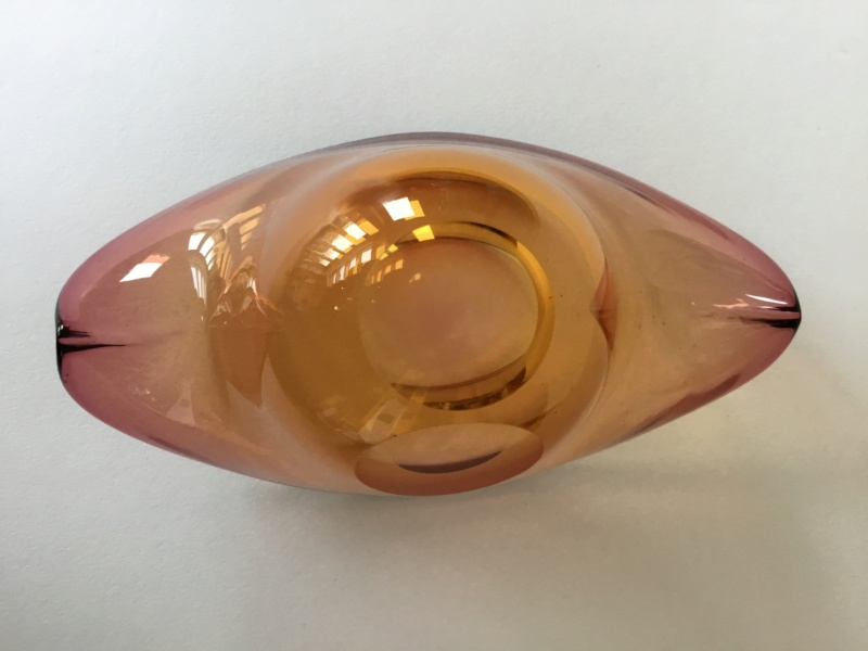Lens cut curved top amber mauve bowl, - Murano 745ed610