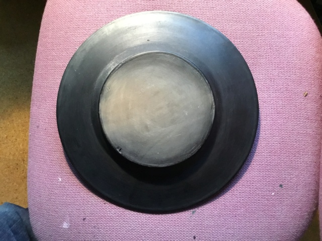 Black plate with deer. 7a223410