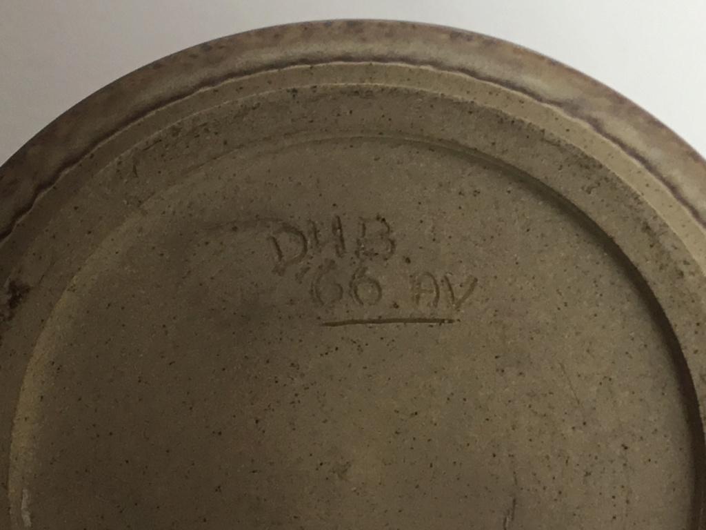 Studio vase dated 1966 DHB AV marks 7f9d7410