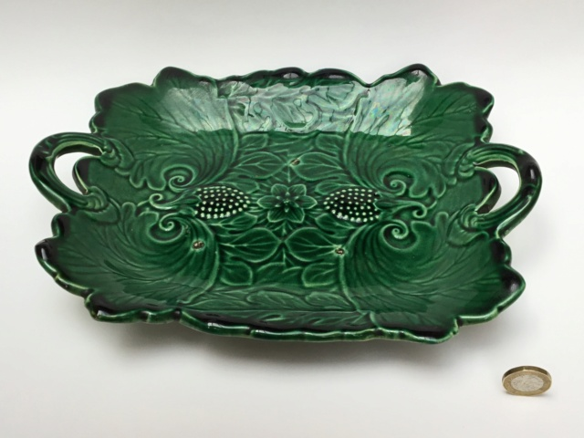Majolica Green Strawberry Two Handled Platter, Marked, c1900 92c0ff10