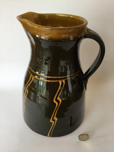 Slipware with gb mark - Gretel Baron, ex-Pantasaph Pottery 9455c510