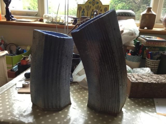 Curved stoneware studio vases, BINDU 97de2b10