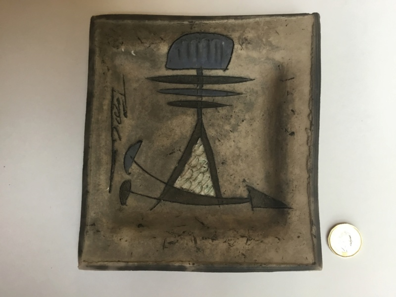 Raku square dish, Modernist Design, signed A4dbf510