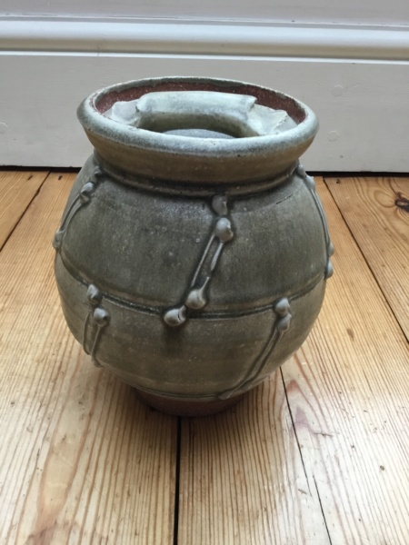 Ash glaze stoneware pot and lid with pottery rope design A6a85810