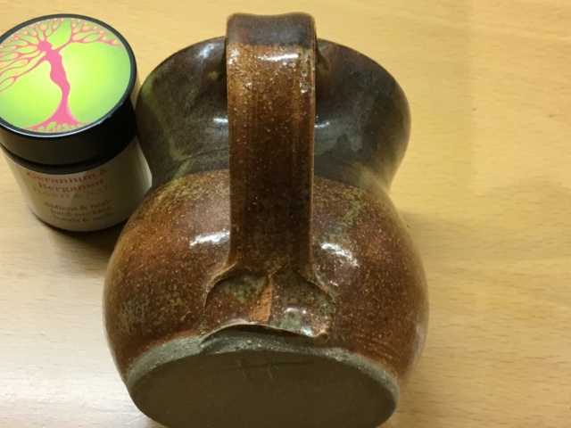 Studio mug, incised H mug A860eb10