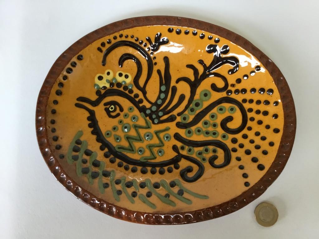 Slipware bird dish, MC or NIC 95 mark Adfa7910
