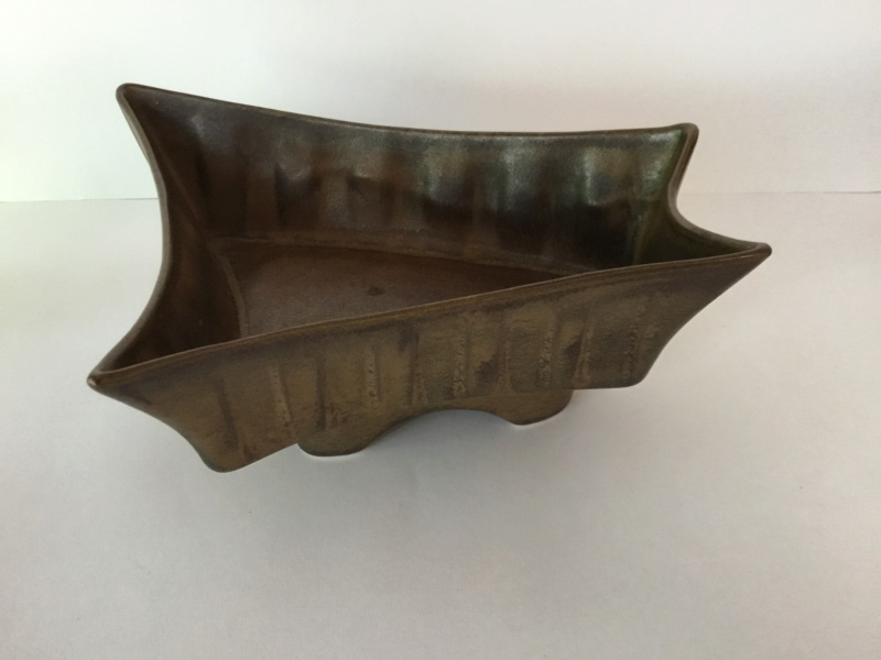 1960s 1970s moulded modernist brown planter or bowl B4a11d10