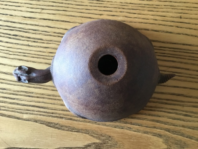 Tortoise figural stoneware oil lamp B7212510