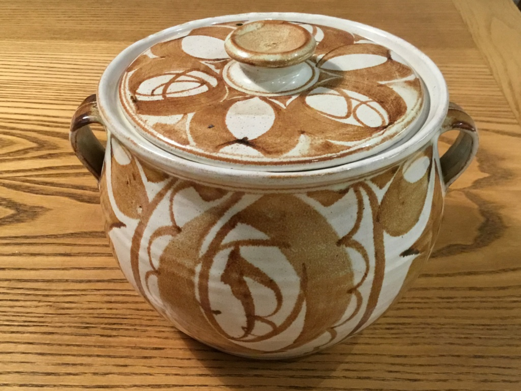 Aldermaston large lidded pot, maker?  Bbf8f110