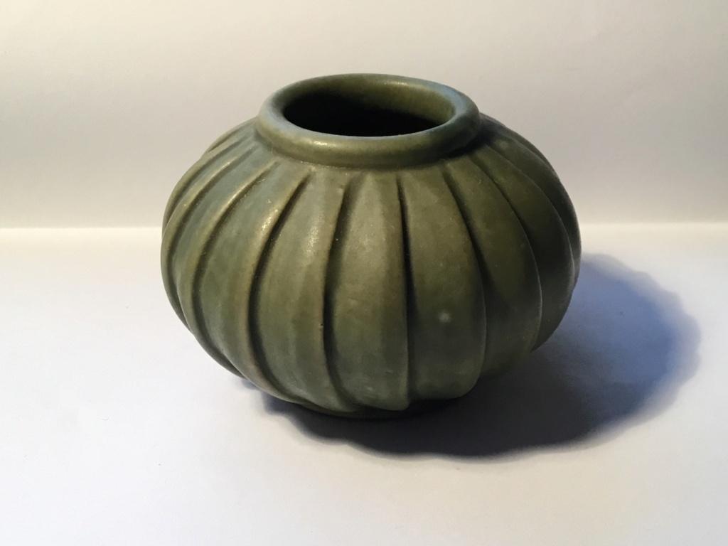 Small Green  stoneware Vase Bf79b710