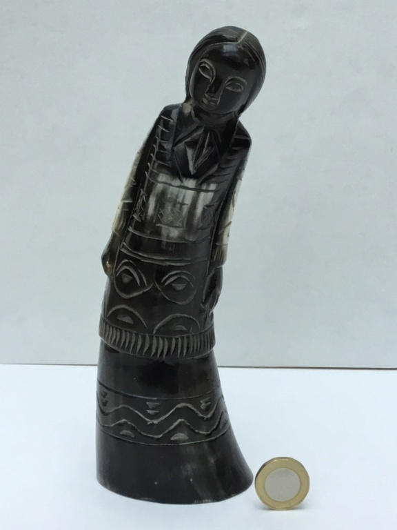 Carved Horn woman C4209910