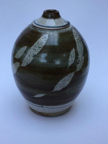 Studio vase, no mark, Cornwall?  C4d13910