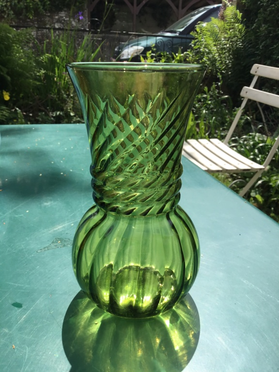 Olive green ribbed vase, factory made, modernish  C533d110