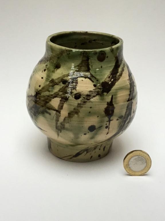 Stoneware studio vase VW mark Cd651310