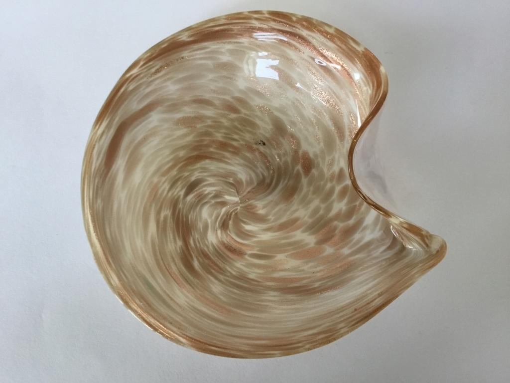 Sommerso swirled aventurine bowl, Murano?  D7d30010