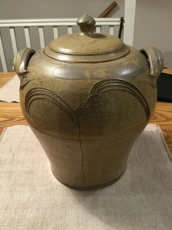 Large studio lidded jar, circle inside square mark E0f0ec10