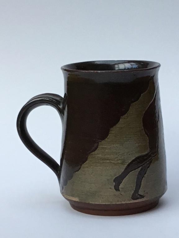 Studio pottery mug, classical decoration E1bb3e10