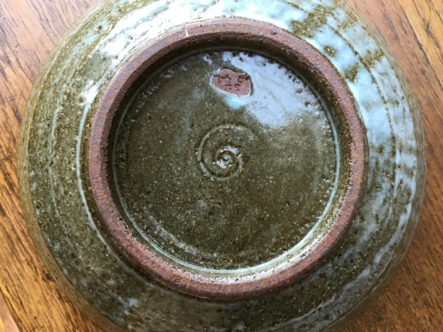 Studio stoneware bowl, foreign mark, Japanese? E7f35c10