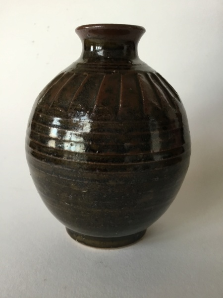Tenmoku studio ovoid bud vase, shaped shoulders, no mark F466db10