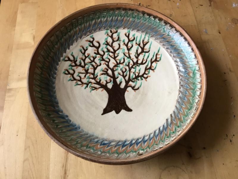 "12"" slipware bowl, combed pattern, tree, Romanian F4ed7310"
