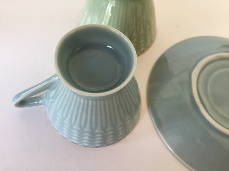 Delicate porcelain cup & saucers, unmarked  F9256910