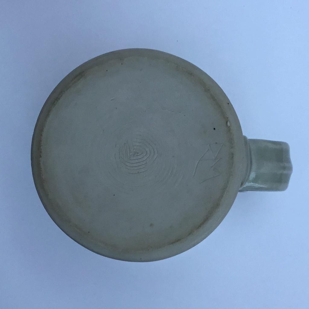 Studio mug, RM incised mark  Fb56ba10