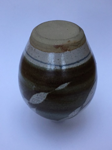 Studio vase, no mark, Cornwall?  Fda0be10