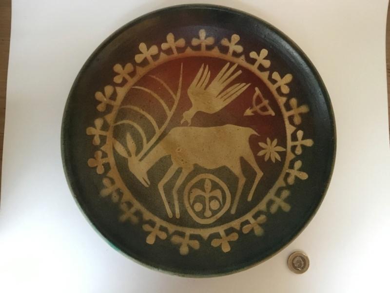 Yugoslavia 1970 studio pottery deer & eagle plate Fe8bcd10