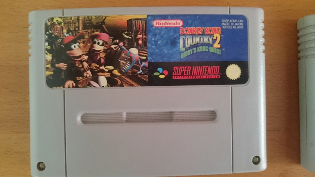 [RCH] jeux super Nintendo donkey Kong , Xbox 360 , manga , Dark souls carte Magic Yu-Gi-Oh Dsc_0513