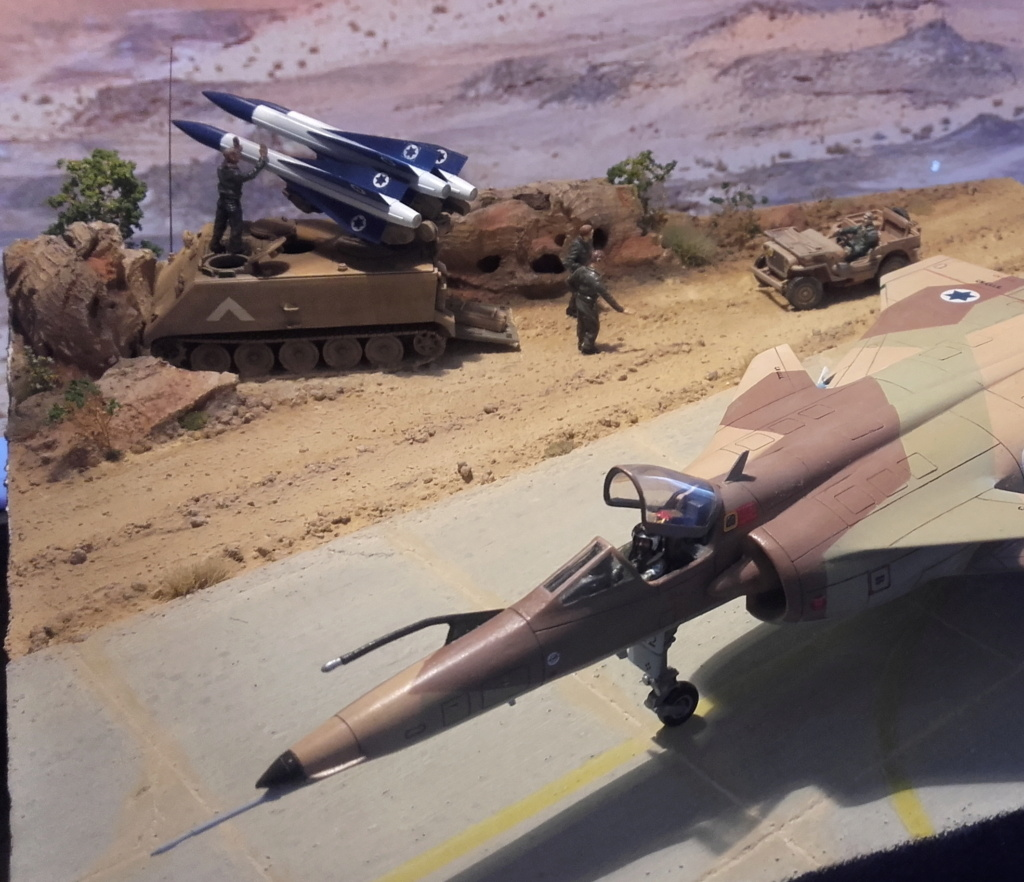 diorama what-if super kfir et M113 Hawk 1/172 italéri scratch 20211192