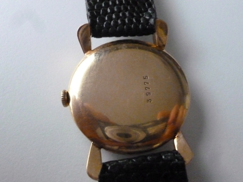 Mido -  [Postez ICI les demandes d'IDENTIFICATION et RENSEIGNEMENTS de vos montres] - Page 35 P1080812