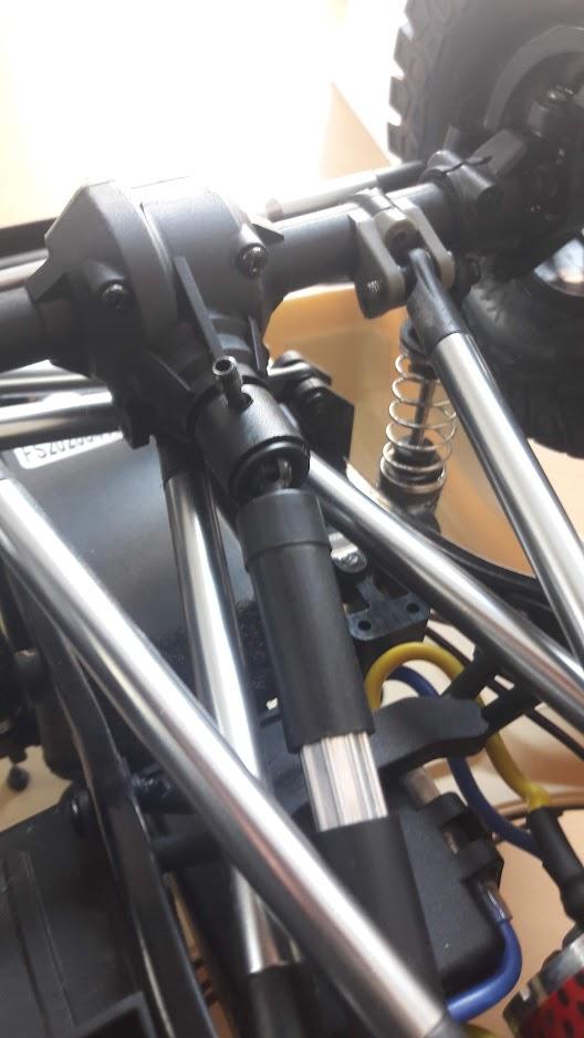 Crawler Reely Free Men Extreme RTR RE-6549612 VS Scx10 II : Présentation et modification by Louloux - Page 2 Av10