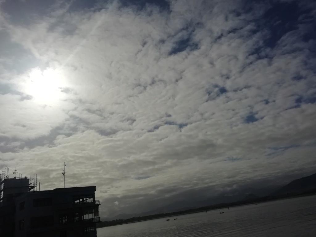 Miradas al viento las nubes se van Img_2067