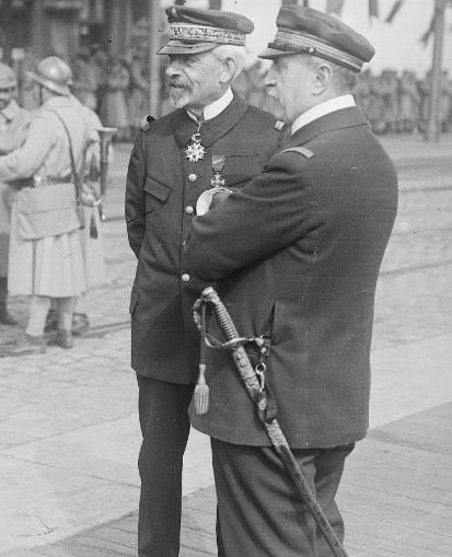 Sabre Officier Infanterie de Marine 1870/1882 - Page 3 Ronarc11