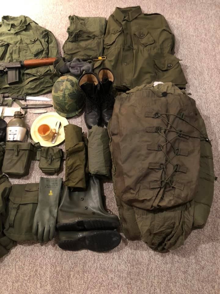 Early 1980's Canadian Forces Kit Pic_410