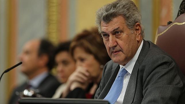 [Gobierno] Solicitud de Autorización para la participación del Reino de España en la Guerra de Oriente Medio Jp211
