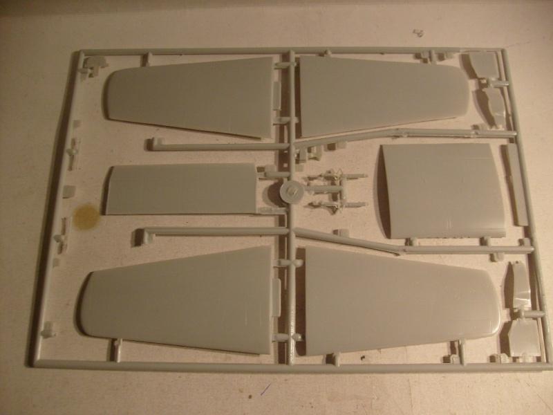[Modelcraft] F 82 E Twin mustang au 48 eme S7303619