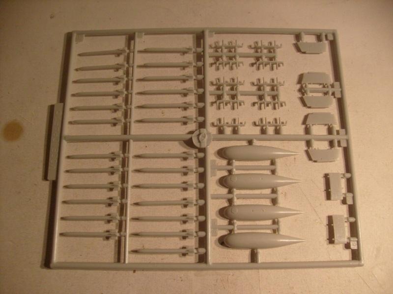 [Modelcraft] F 82 E Twin mustang au 48 eme S7303620