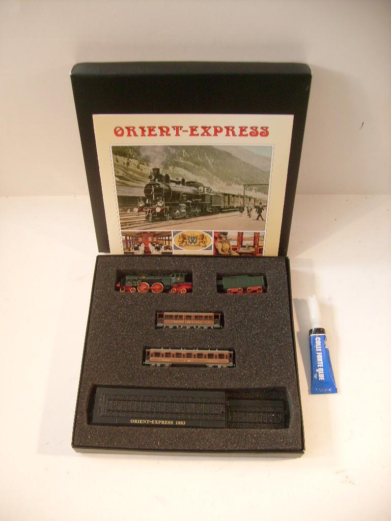les petits , petits , petits trains Atlas !!!! S7305064
