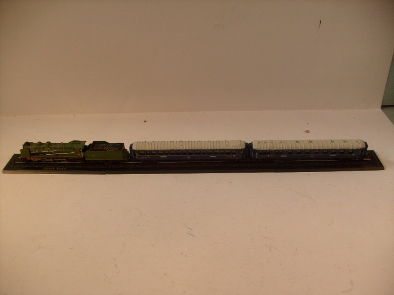 les petits , petits , petits trains Atlas !!!! S7305067