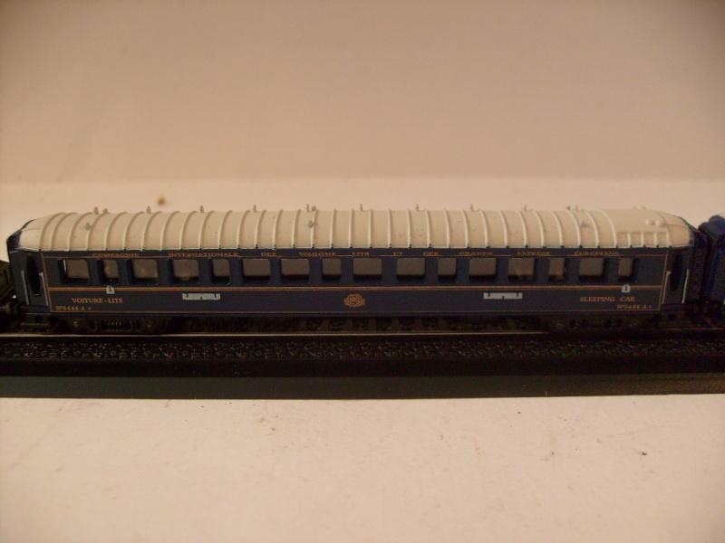 les petits , petits , petits trains Atlas !!!! S7305069