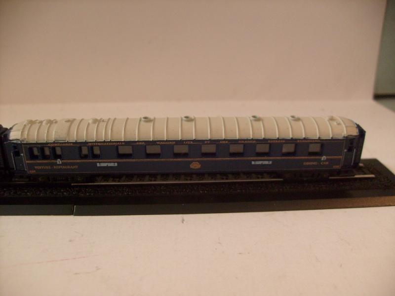 les petits , petits , petits trains Atlas !!!! S7305070