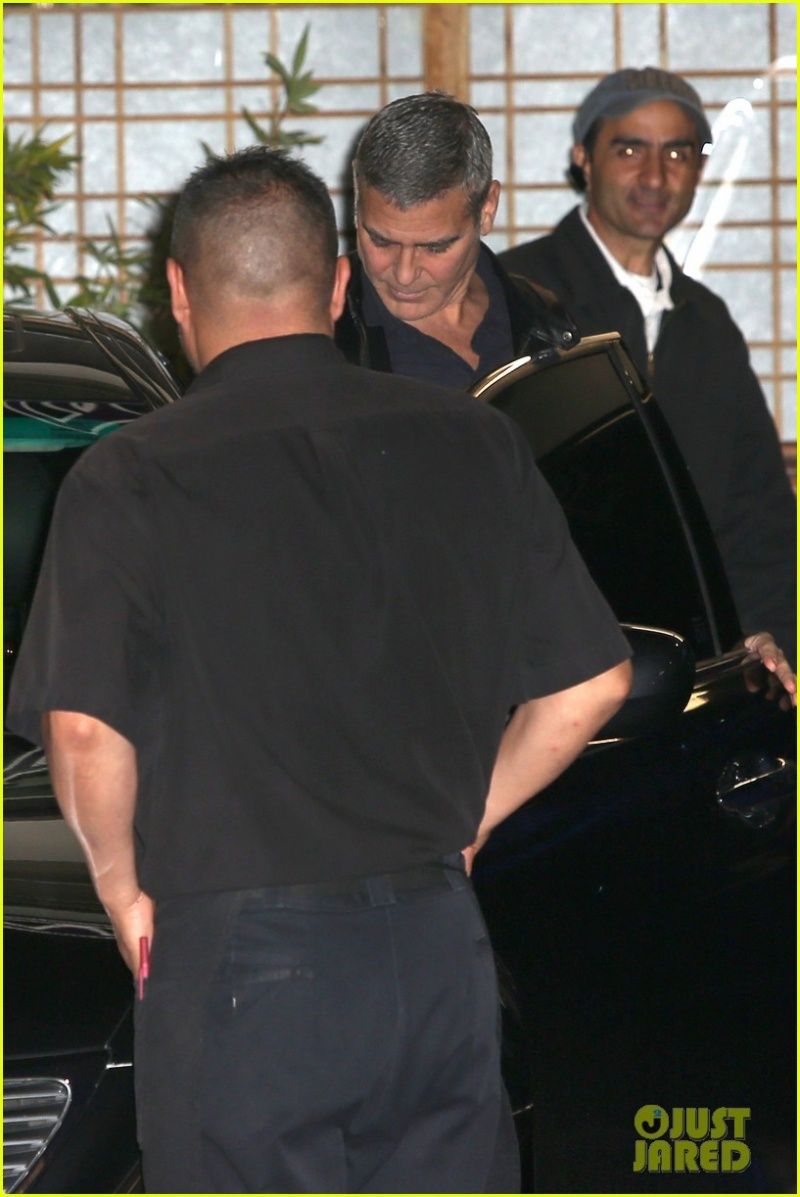 George Clooney out to dinner in Studio city  Dinner14