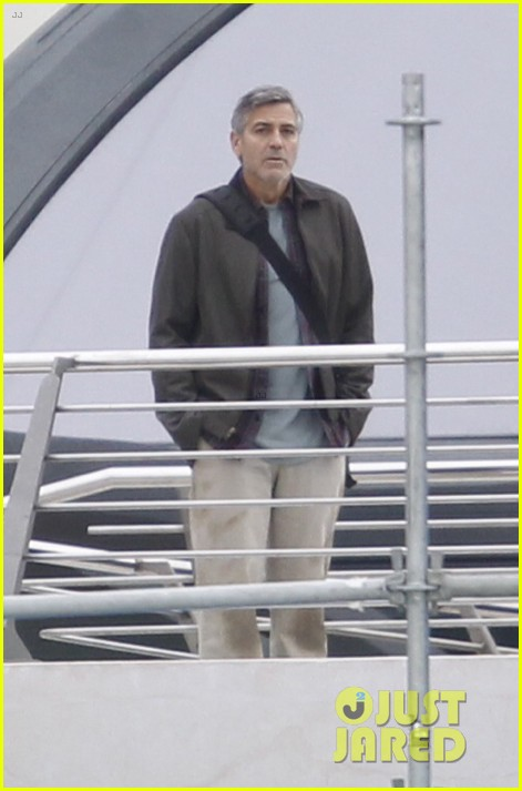 Pictures: George Clooney on set in Valencia with Hugh Laurie Mm_fil10