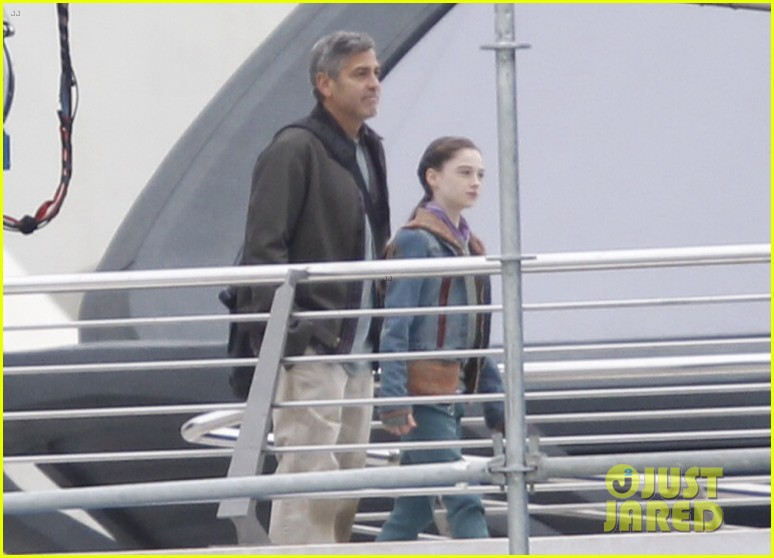 Pictures: George Clooney on set in Valencia with Hugh Laurie Mm_fil11